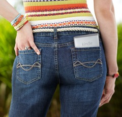 Kindle v kapse u kalhot